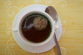 Beef broth w/ liver dumpling